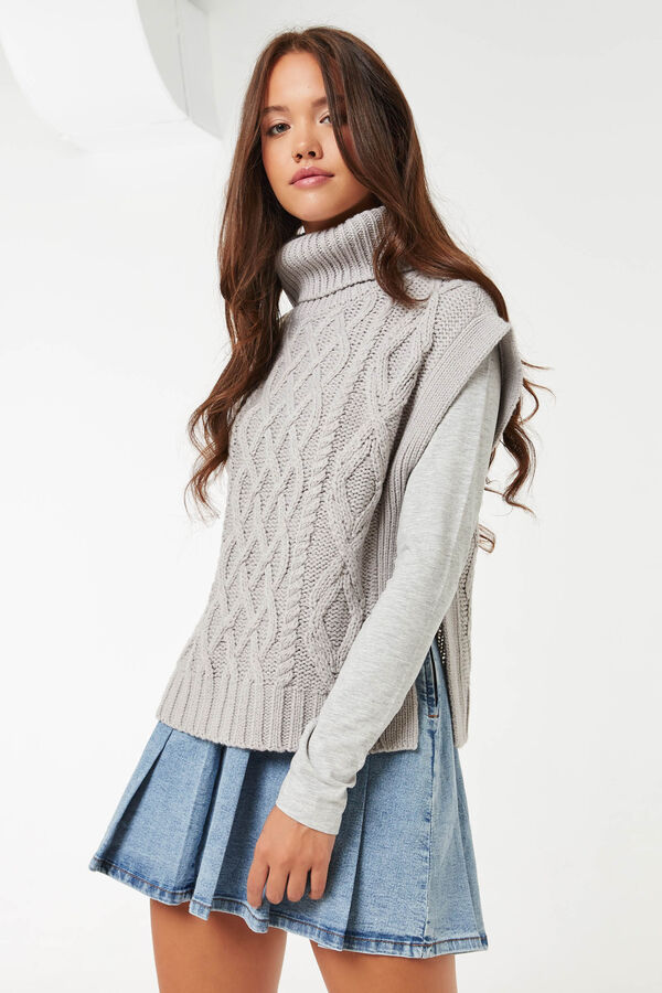 Braided Turtleneck Sweater Vest