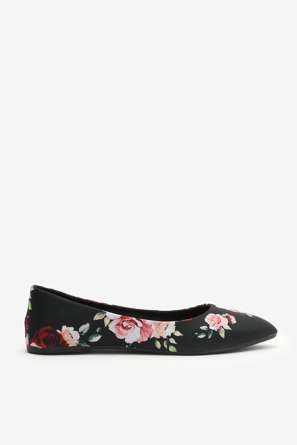 Floral Pointy Toe Flats