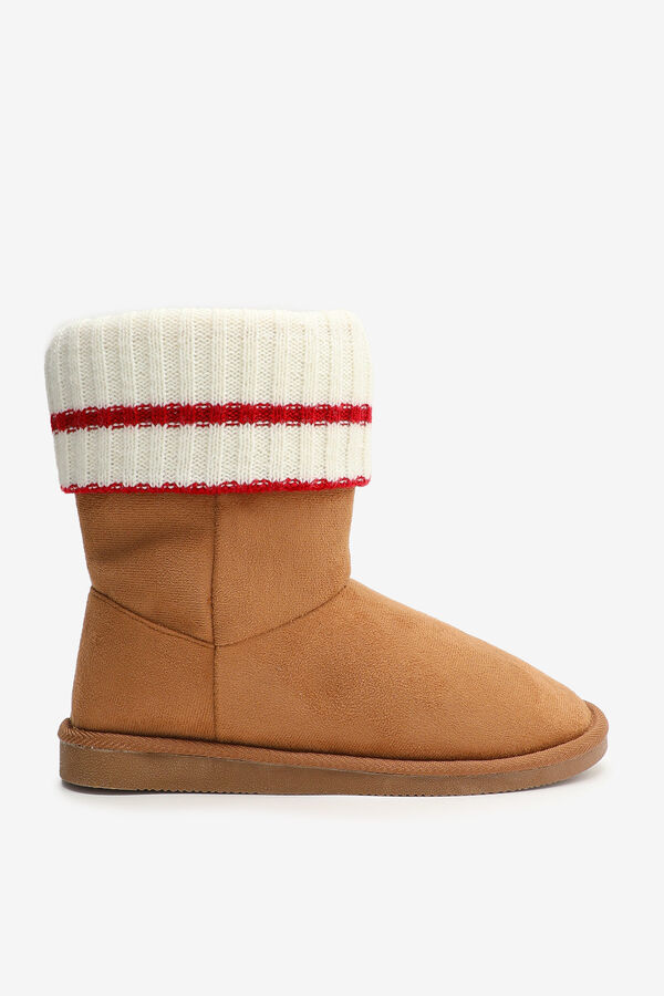 Knit Collar Moccasin Booties