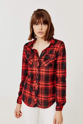 Plaid Clothing & Accessories - Trends for Women | Ardene