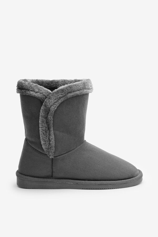 Faux Shearling Moccasin Boots