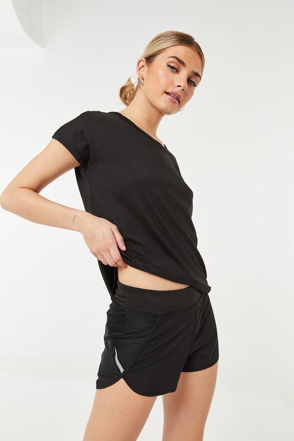 MOVE Sport Shorts