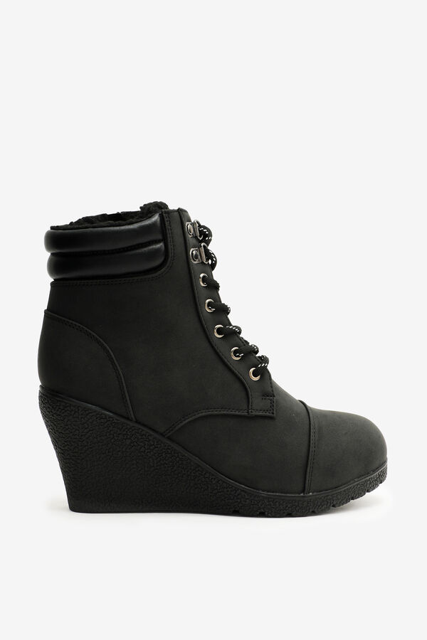 Wedge Lined Work Boots