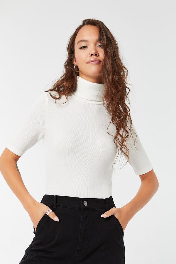 Cropped Short-Sleeved Turtleneck Top