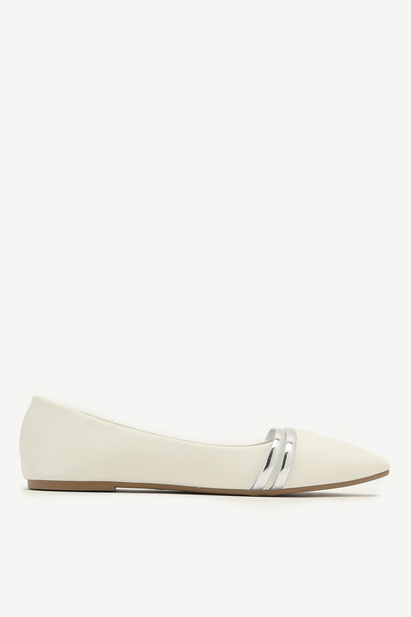 Pointy Flats with Metal Detail