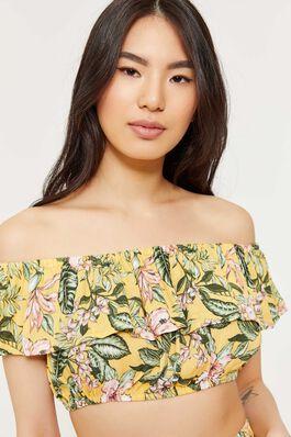 addc078cf319f Flounced Floral Off Shoulder Crop Top