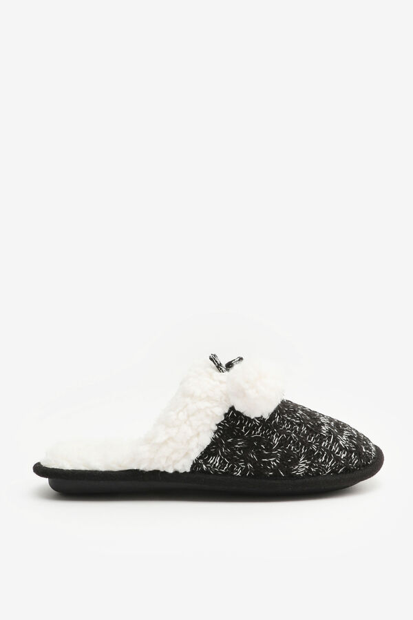 Cable-Knit Slide Slippers