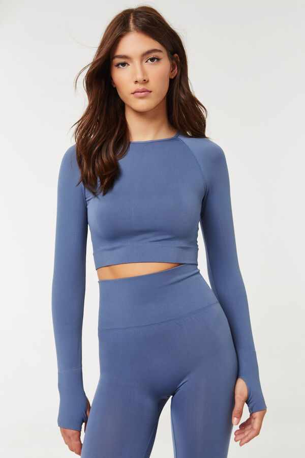 Seamless Tee with Keyhole Thumb Inserts