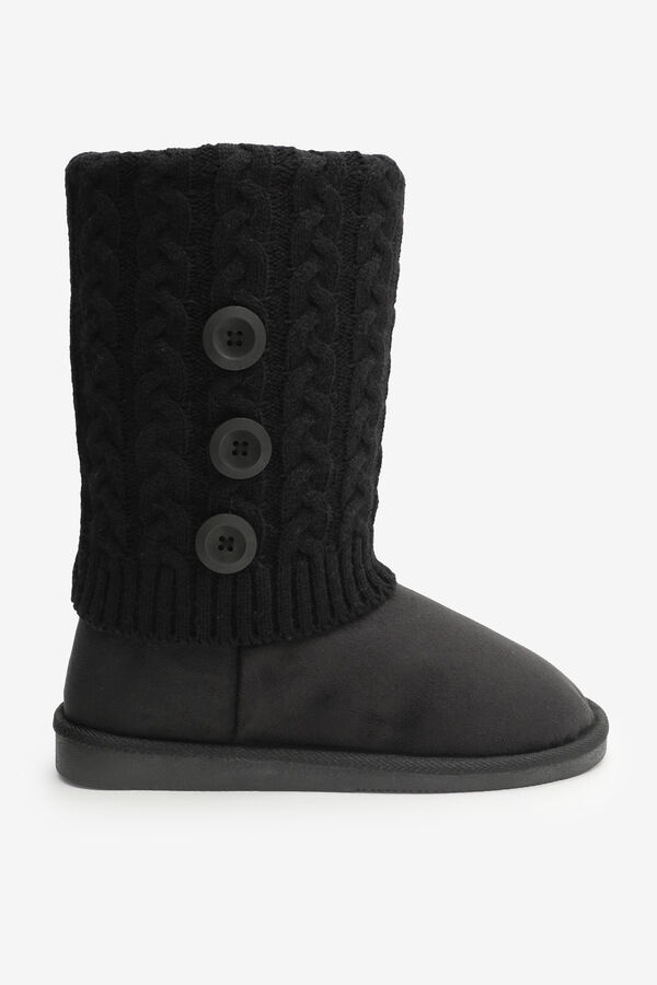 Cable Knit Moccasin Boots