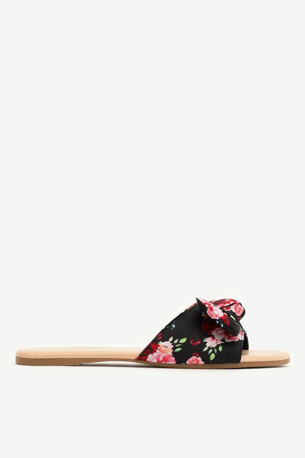 Floral Bow Flip-Flops