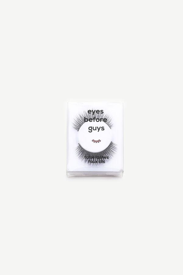 Pack of False Eyelashes