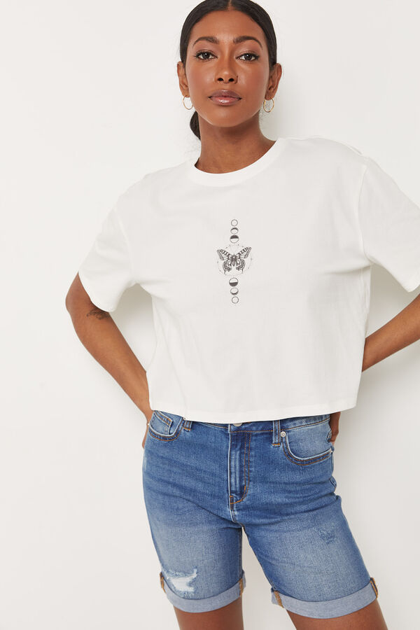 Eco-Conscious Cropped Graphic Tee