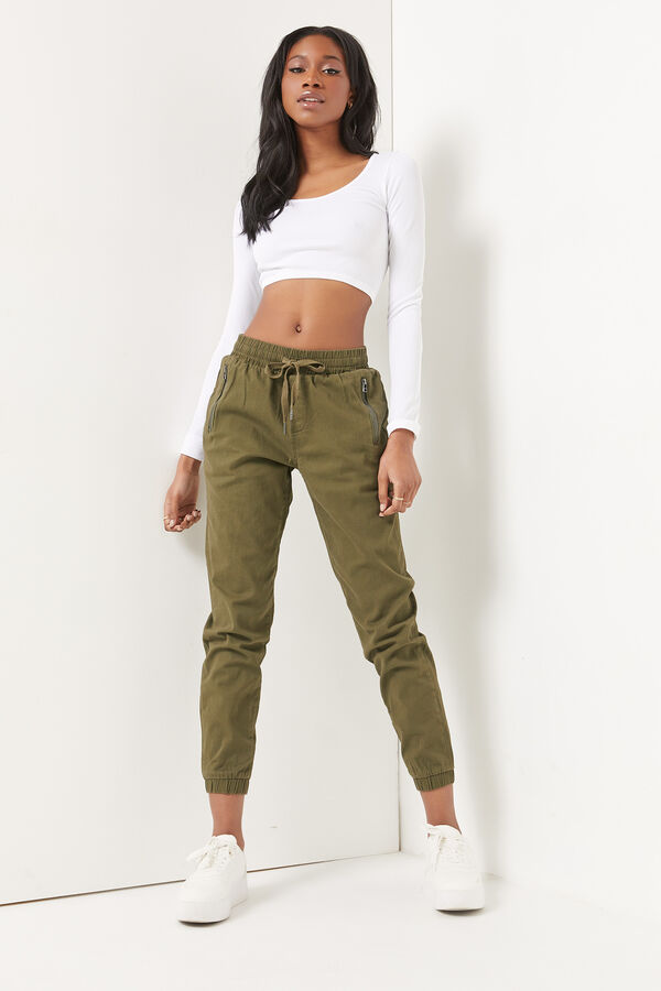 Jogger with Zip Pockets