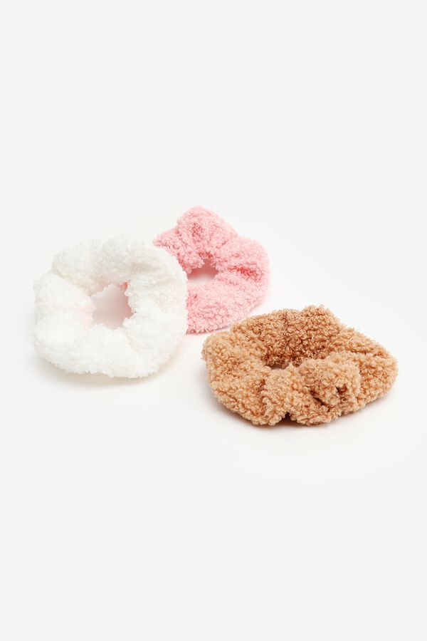 Pack of Faux Sherpa Scrunchies