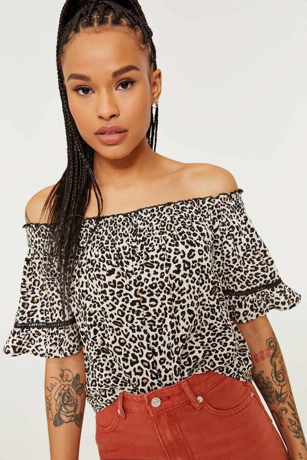 4b9d936d18a8c Ardene Ardene Women s Leopard Crop Off Shoulder Top
