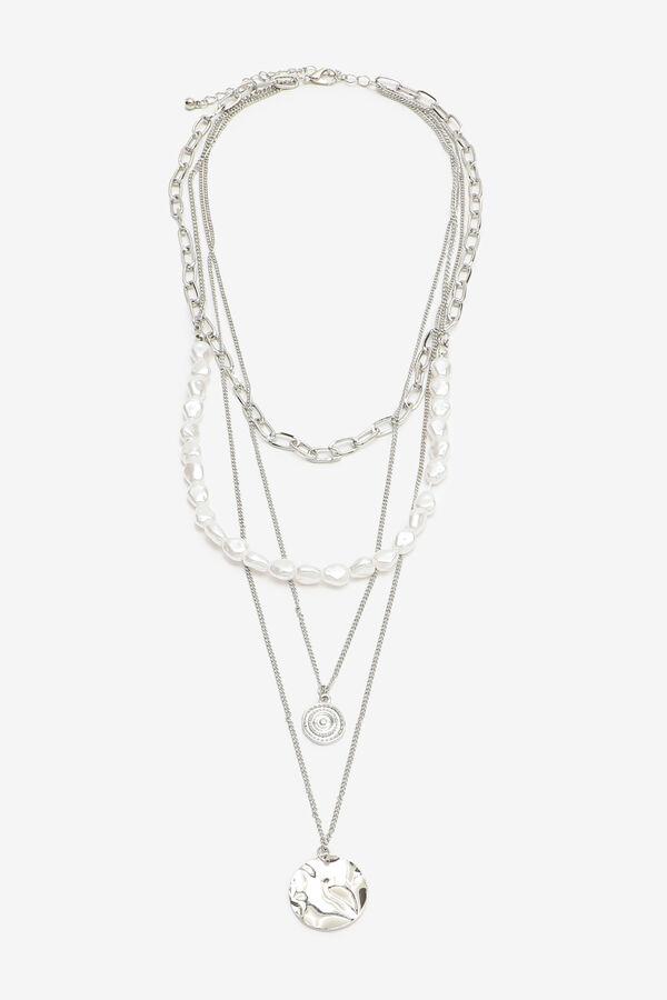Collier superposé à perles et pendentifs
