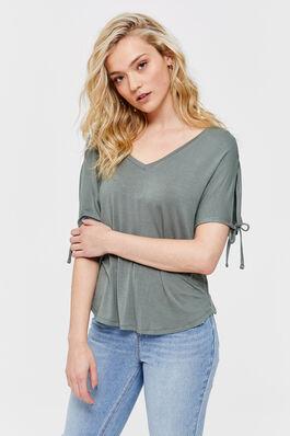 fdcec4eef2 Trends - Fashion for Women   Ardene