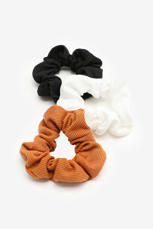 3-Pack of Waffle Knit Scrunchies