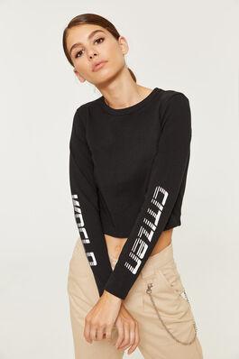 a6cd3aeb Long Sleeve Tees - Clothing for Women | Ardene