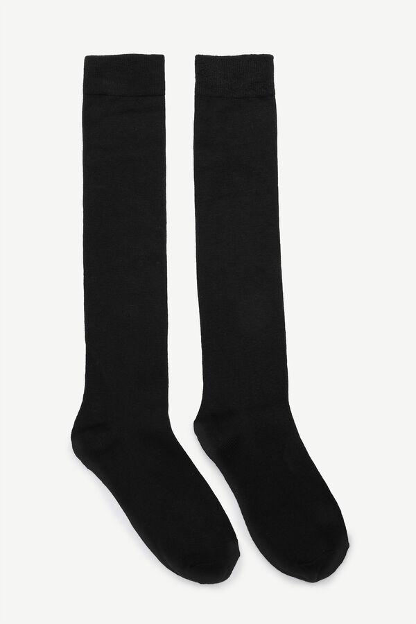 Paquet de chaussettes aux genoux