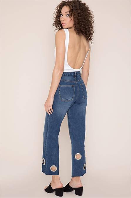 Kendall & Kylie Wide Leg Grommet Mom Jeans