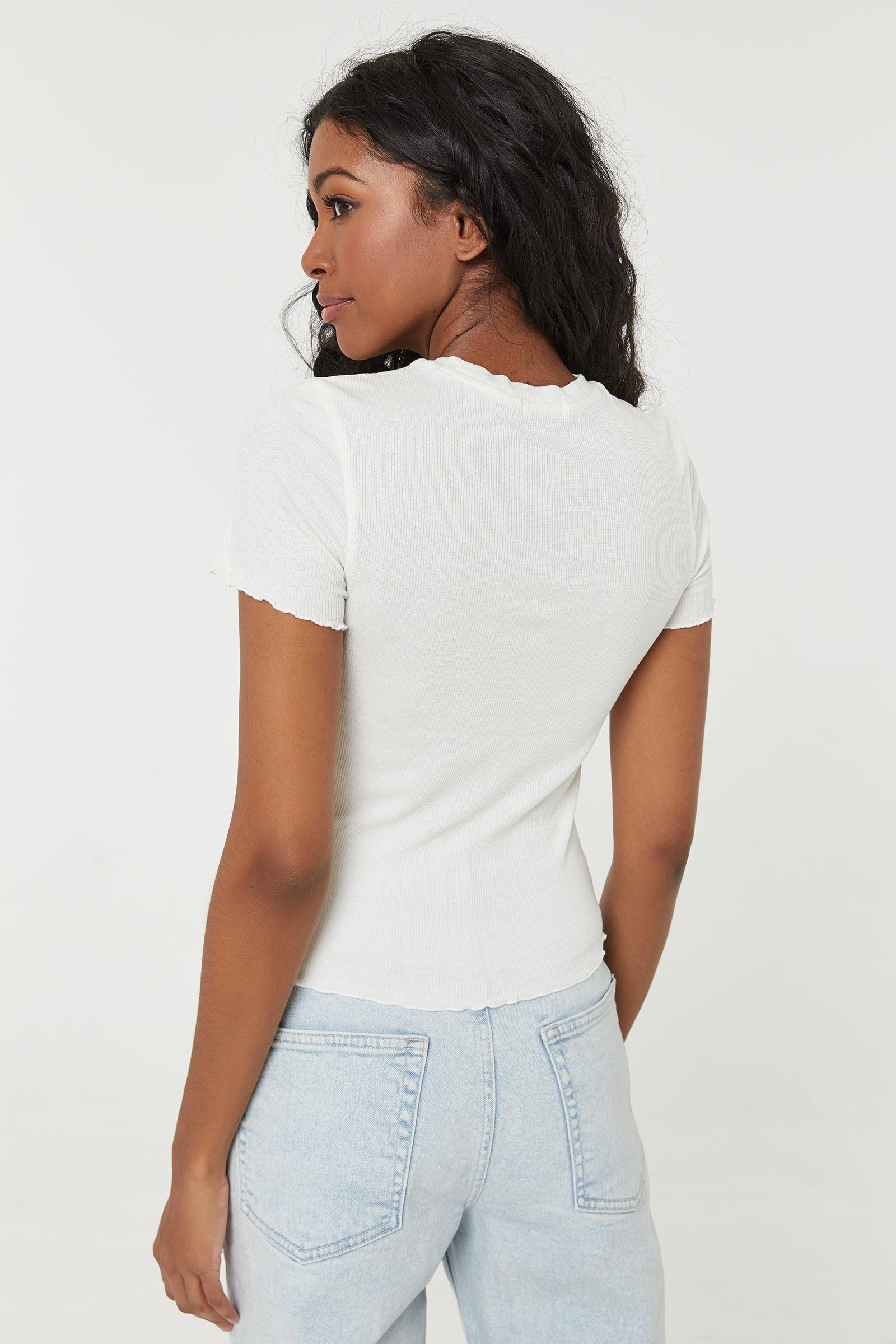 T-shirt festonné