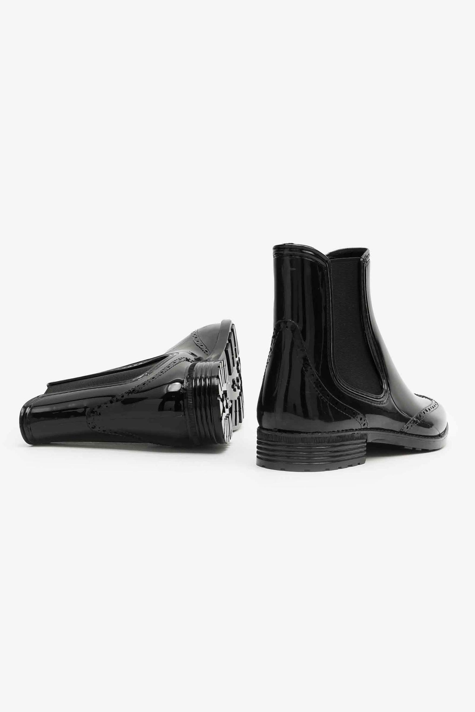 Chelsea Glossy Rain Boots