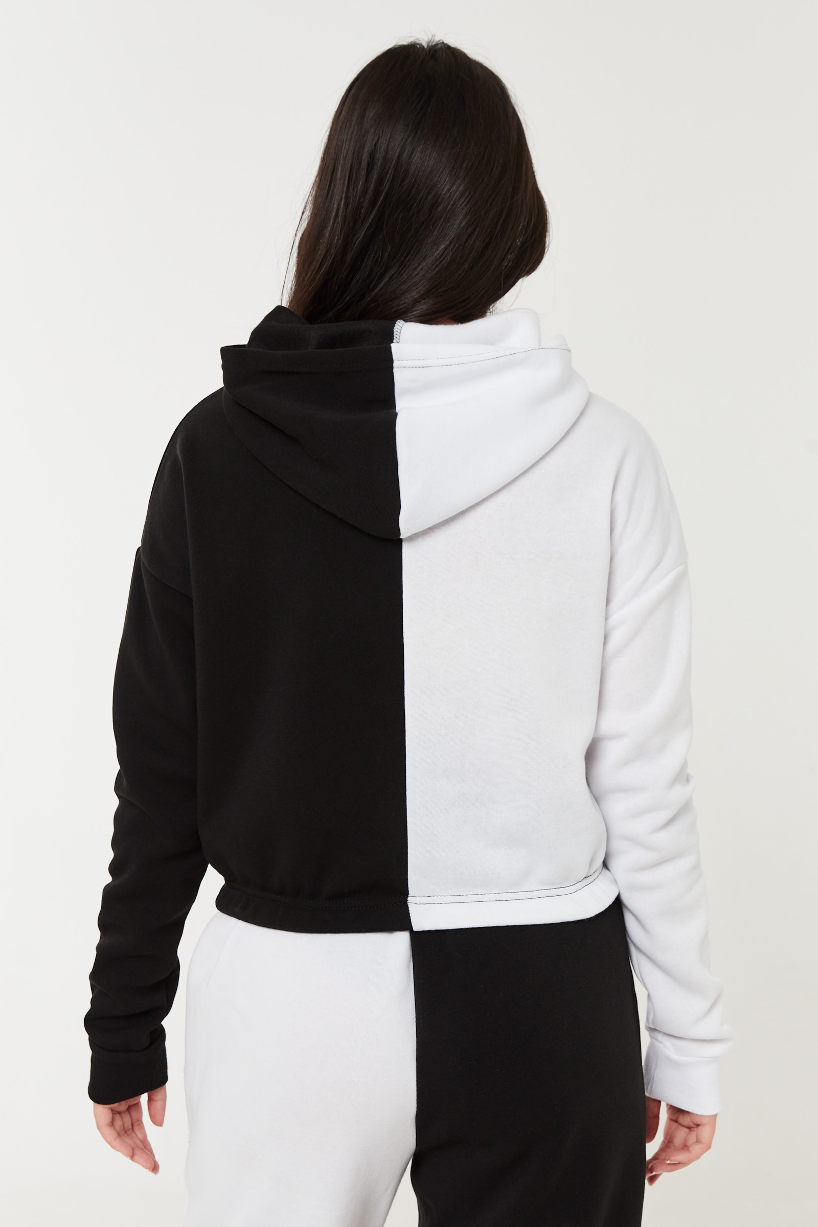 Graphic Cropped Hoodie