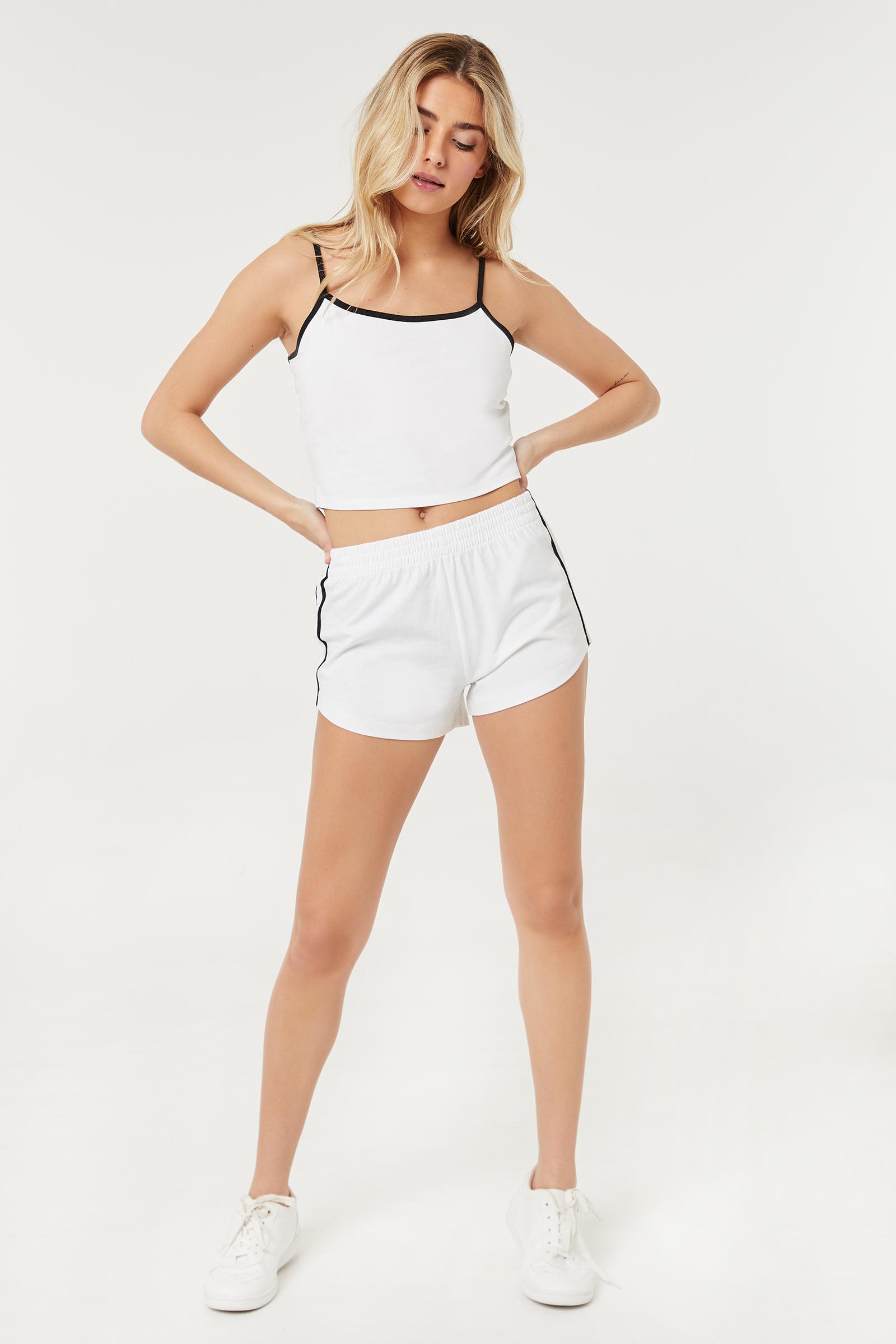 Basic Contrast Side Tape Shorts