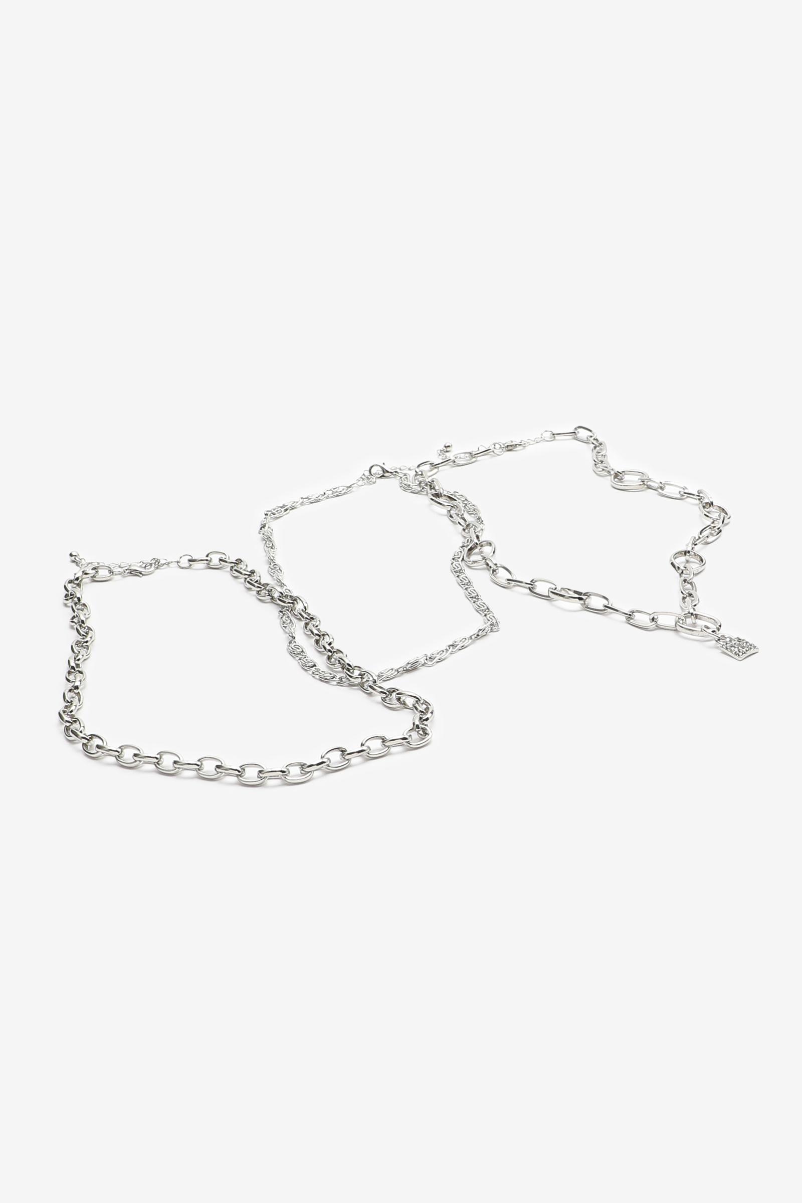 Collier superposé en chaîne avec pendentif