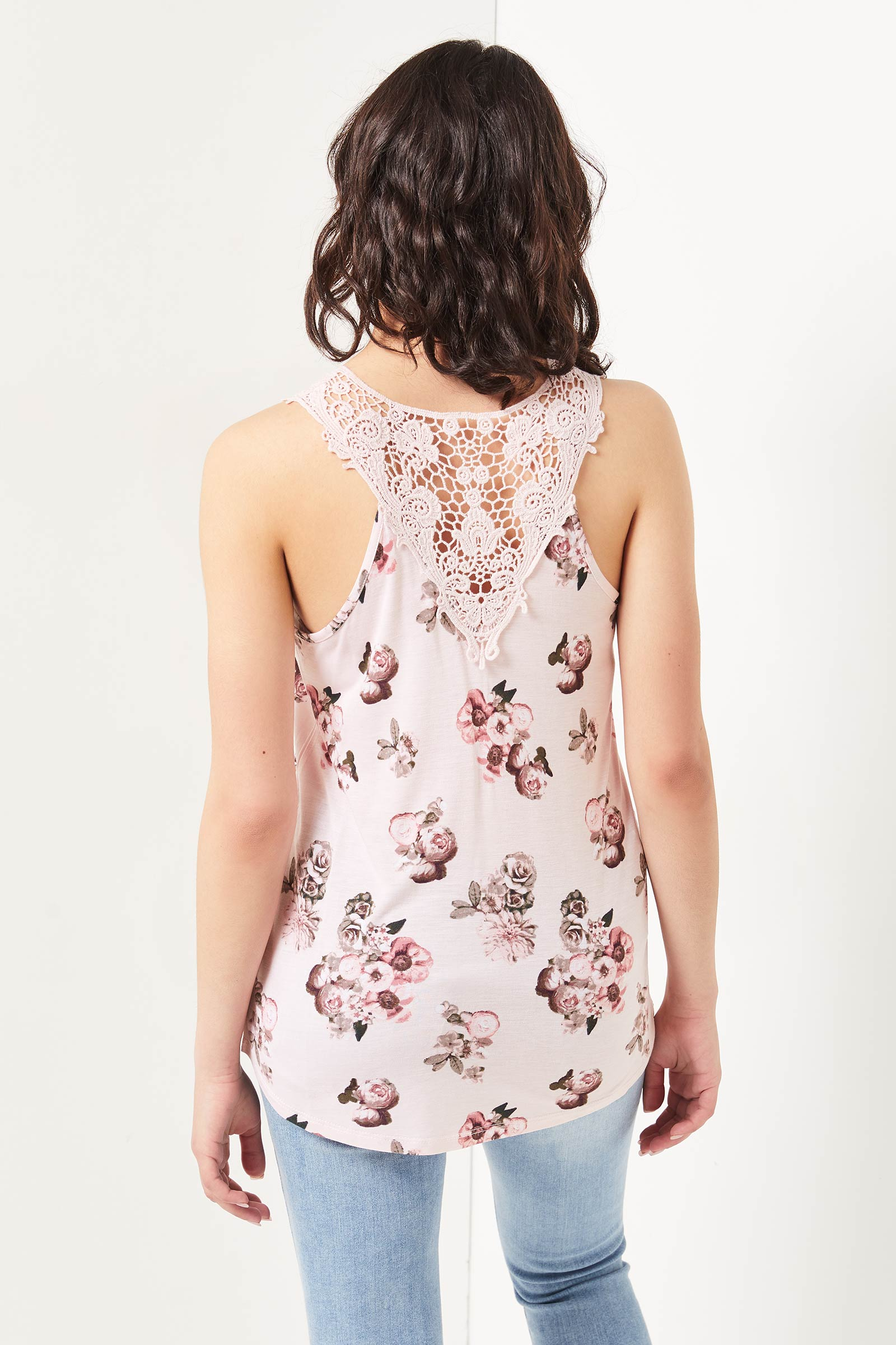 Cami longue fleurie avec dos en crochet