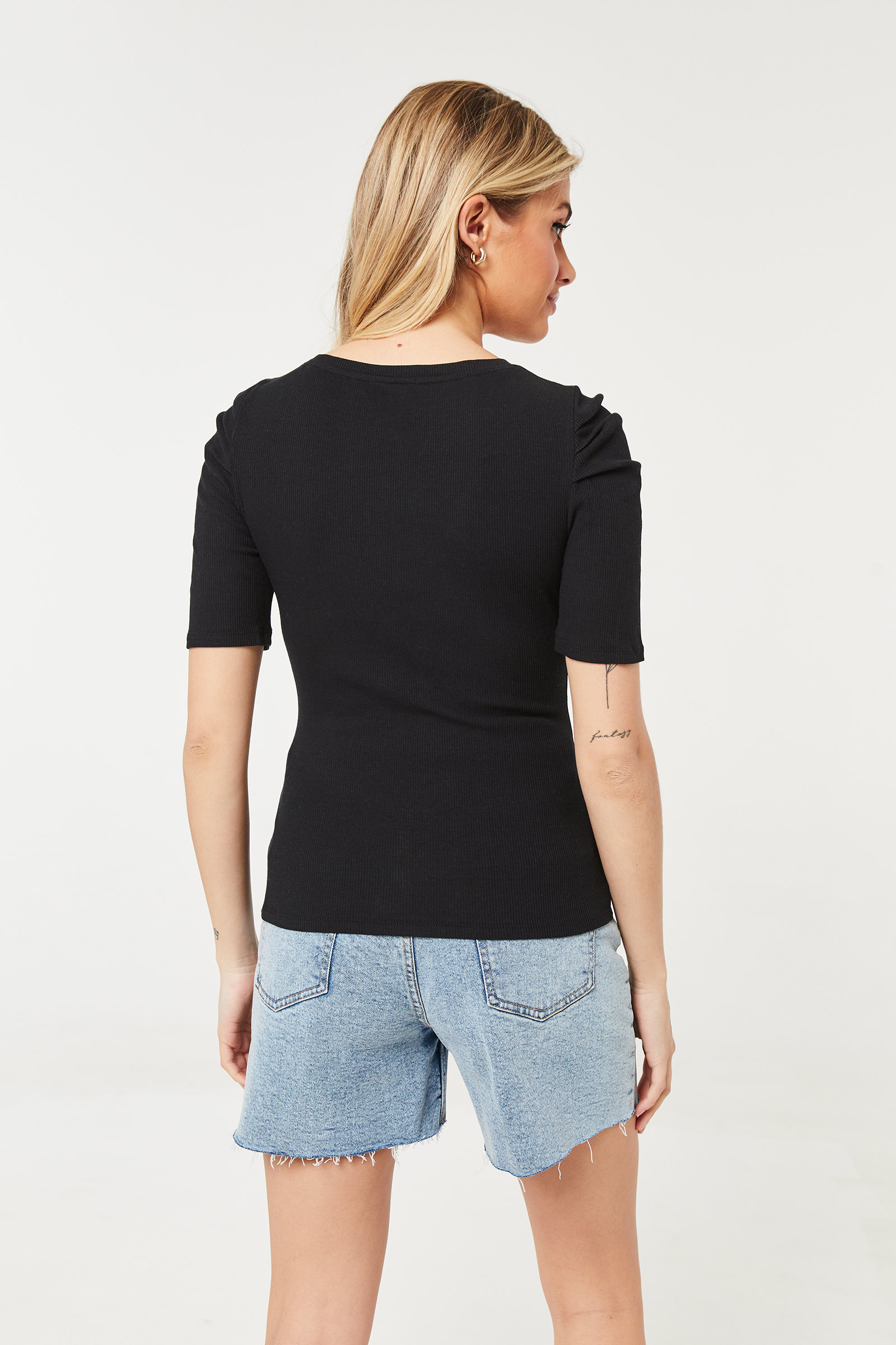T-shirt à manches bouffantes