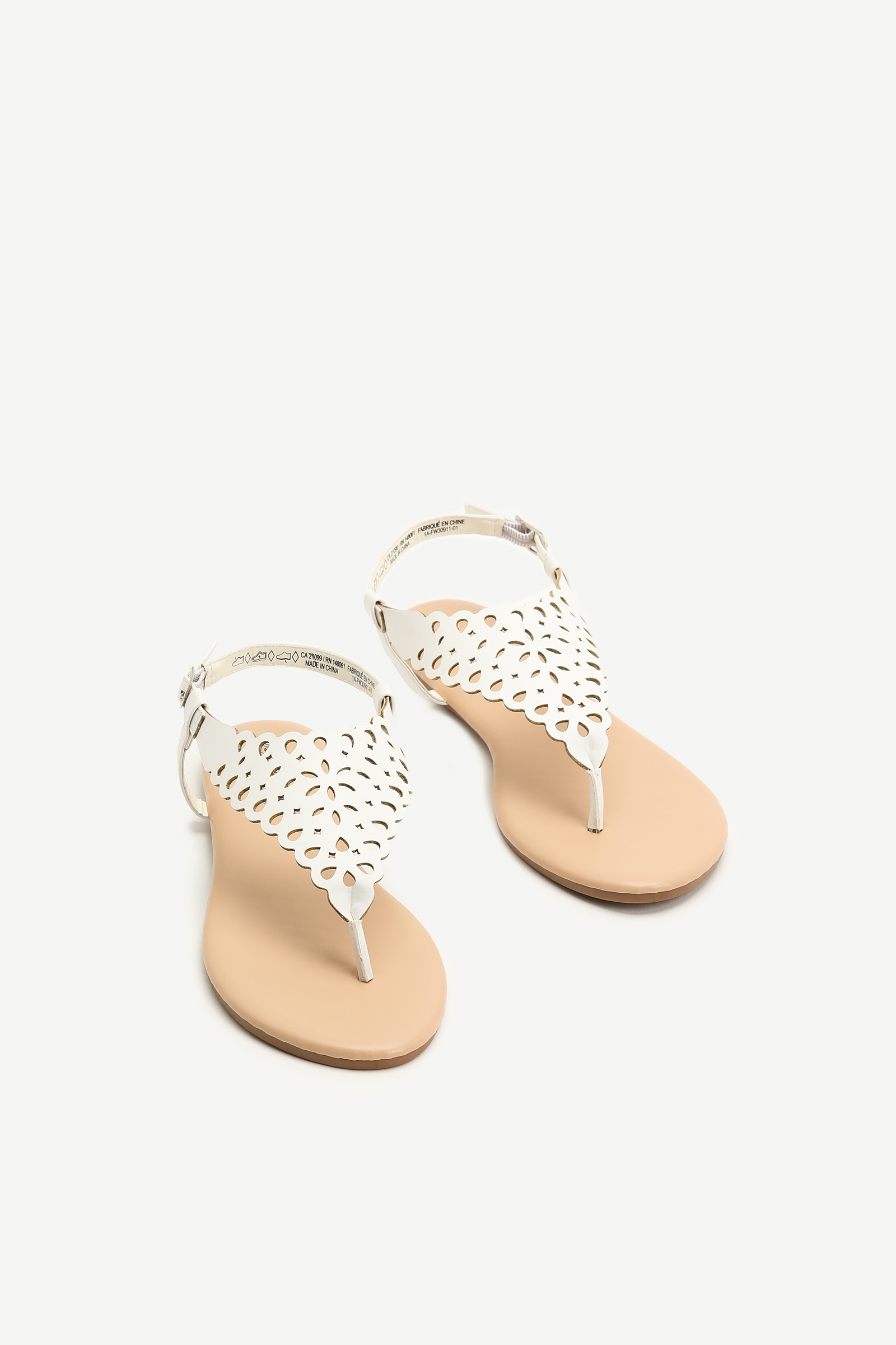 Sandales perforées