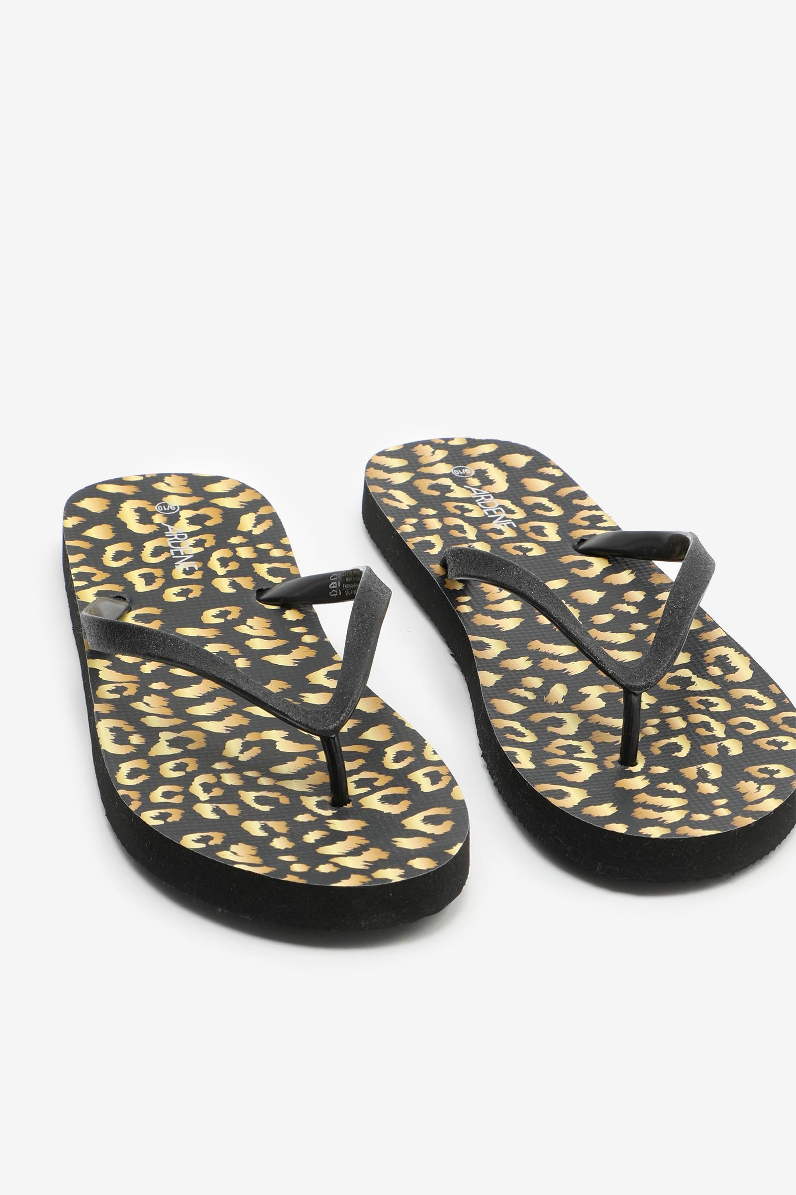 Leopard Flip-Flops