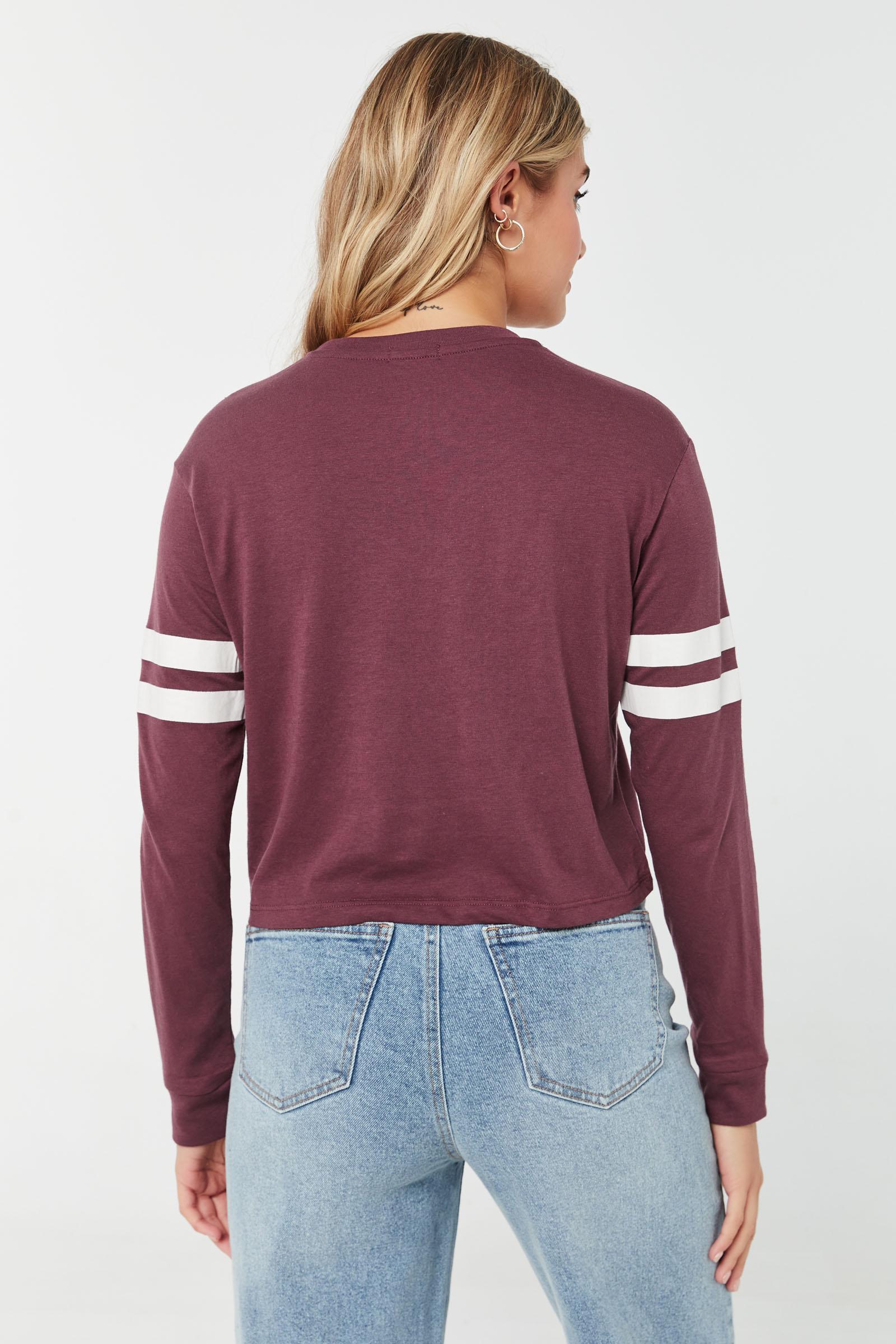 T-shirt carré court à manches longues