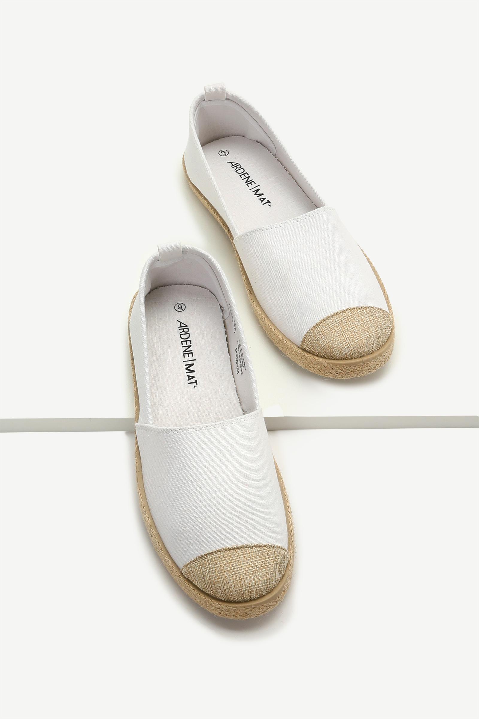 Chaussures slip-on en jute