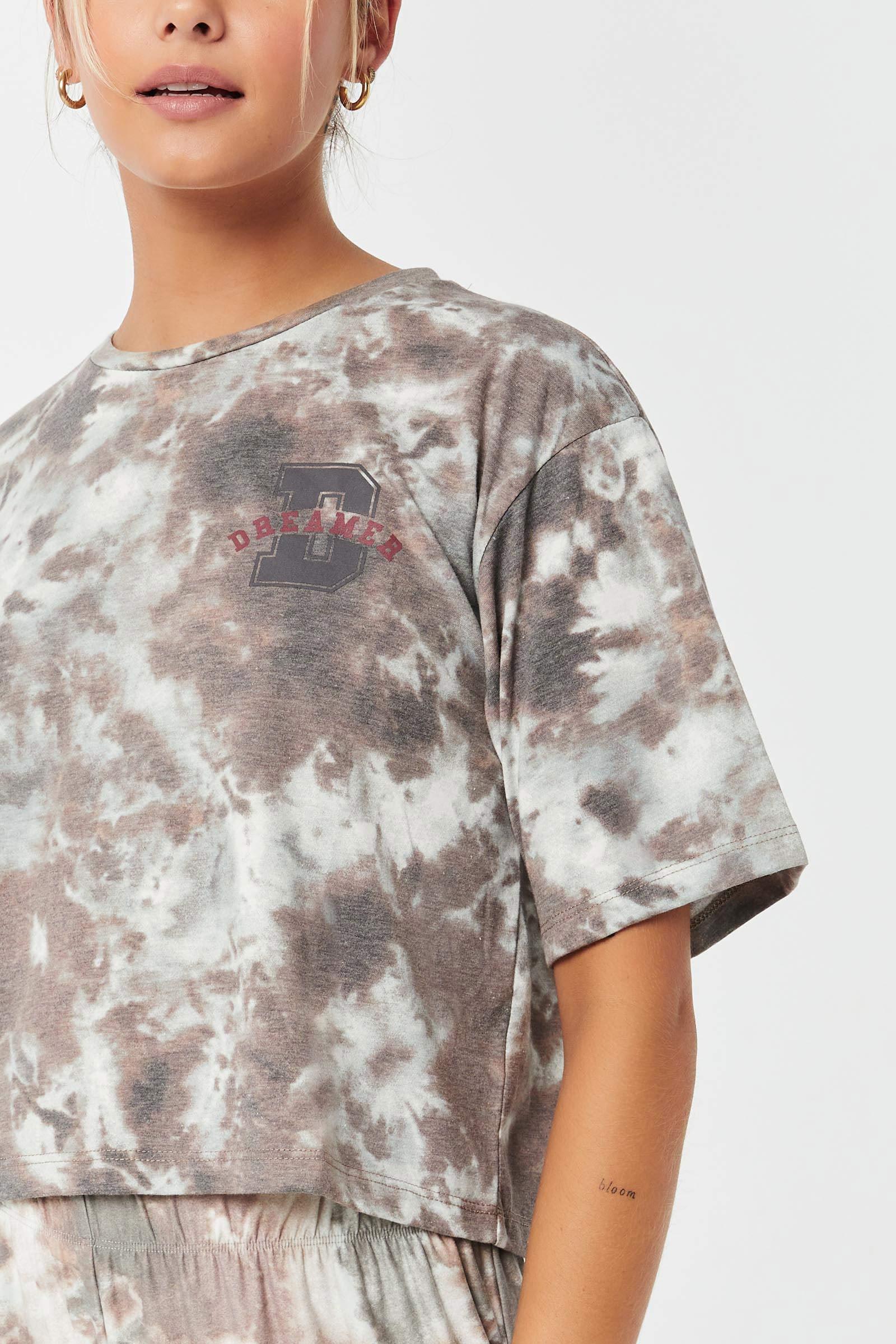 T-shirt graphique carré de détente