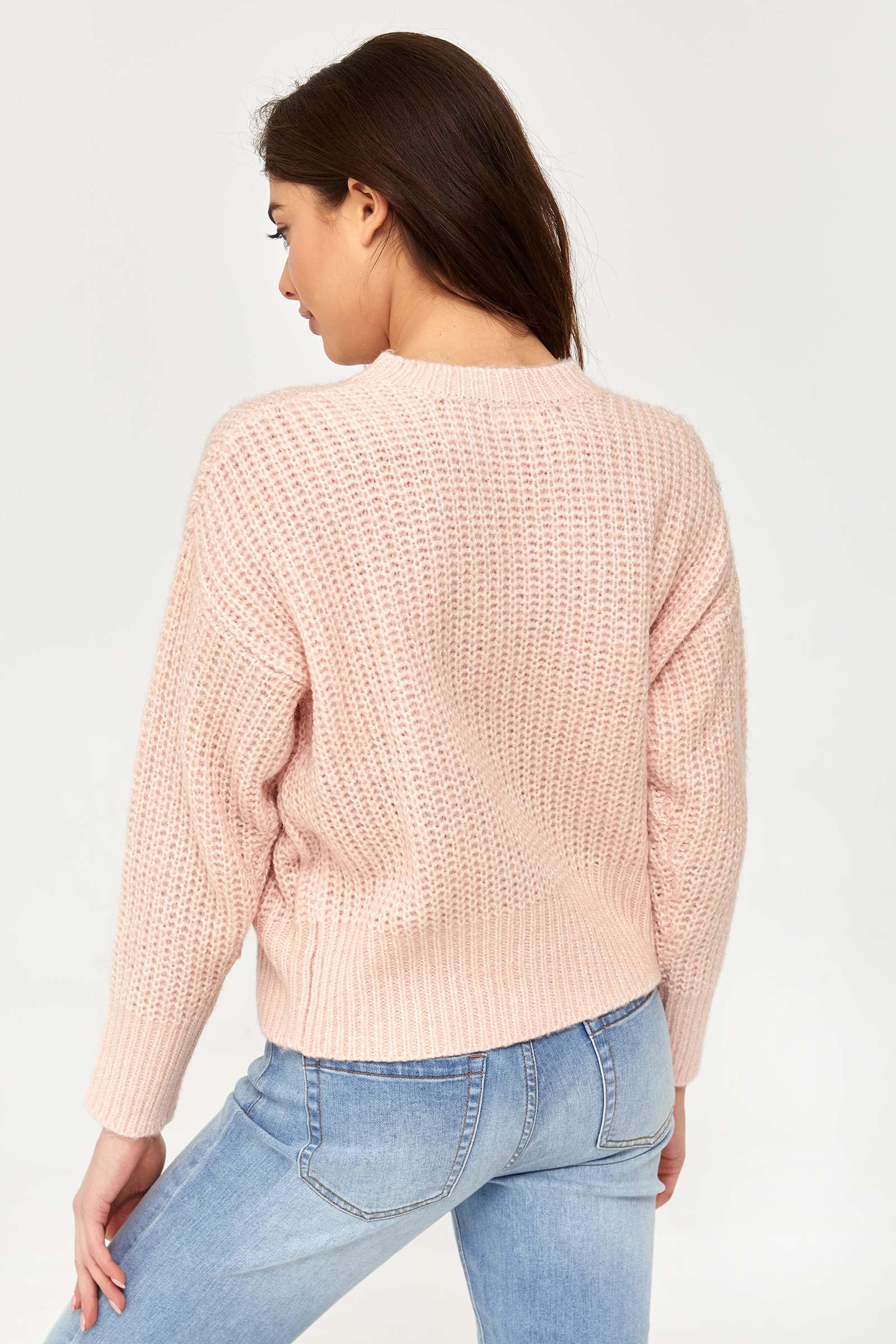 Chandail pelucheux en tricot