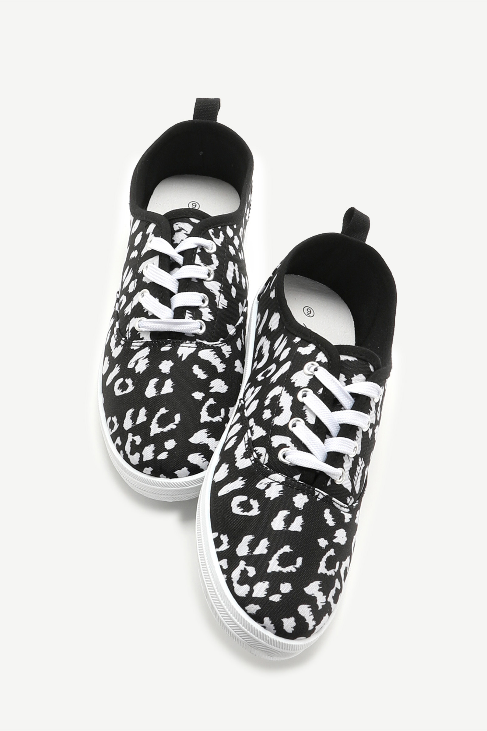 Canvas Laced Sneakers