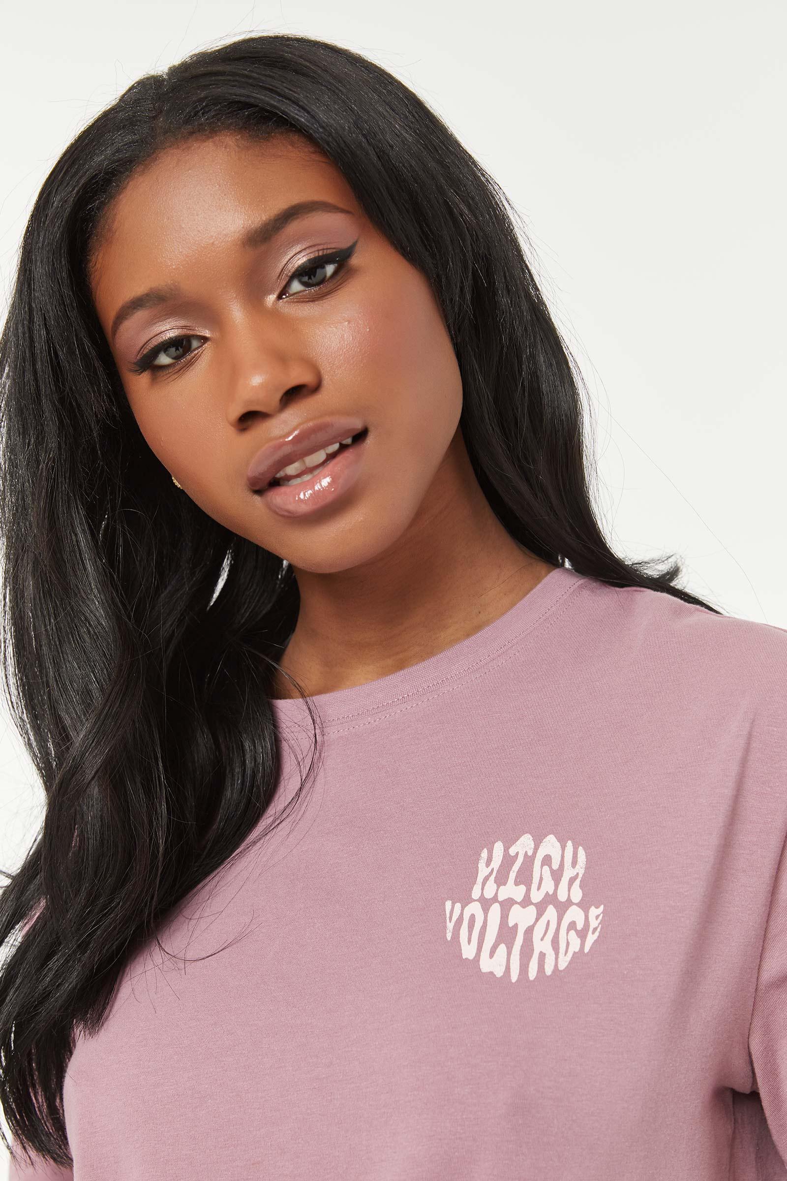 T-shirt graphique court éco-conscient