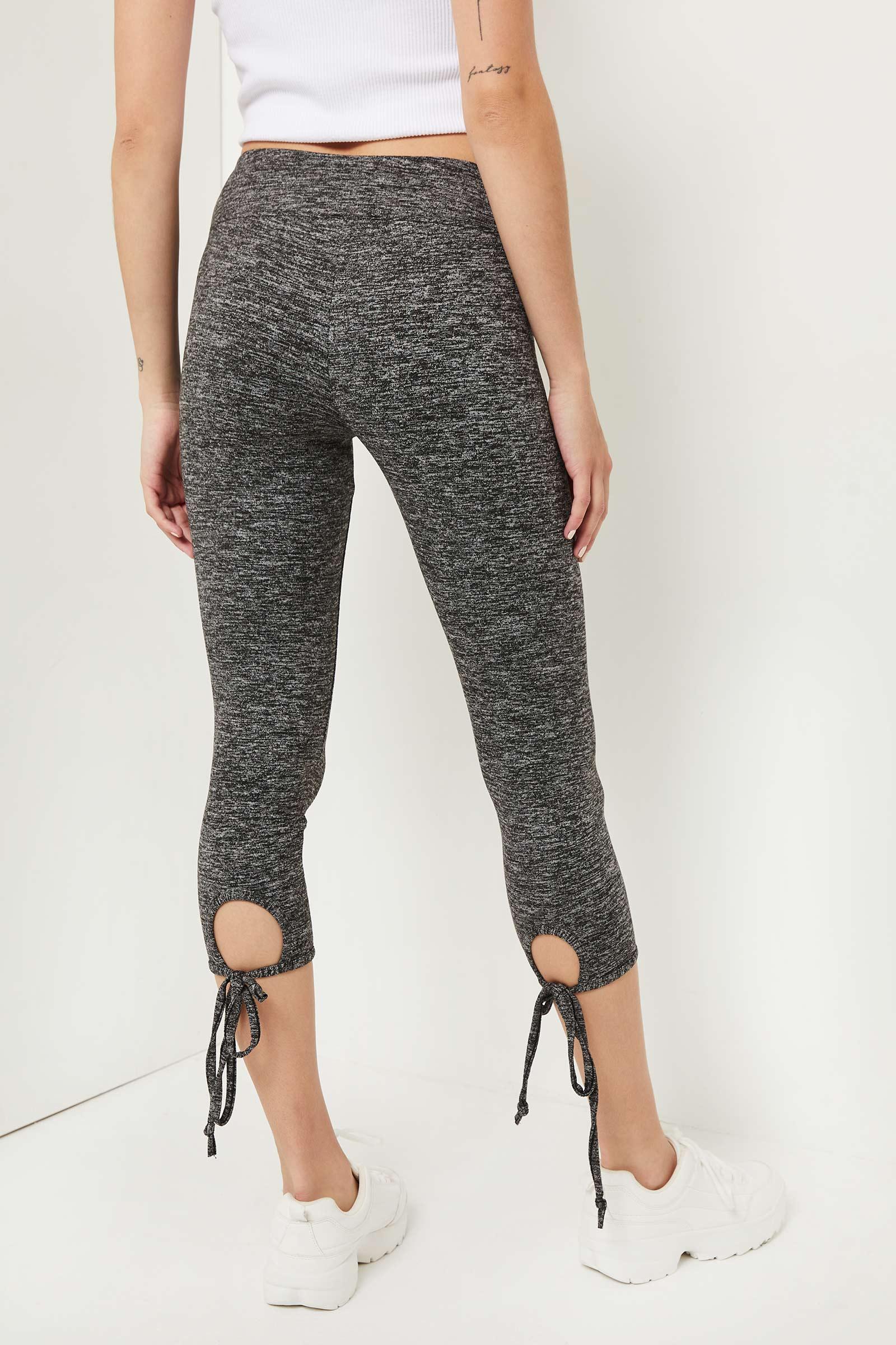 Tie-Hem Capri Leggings