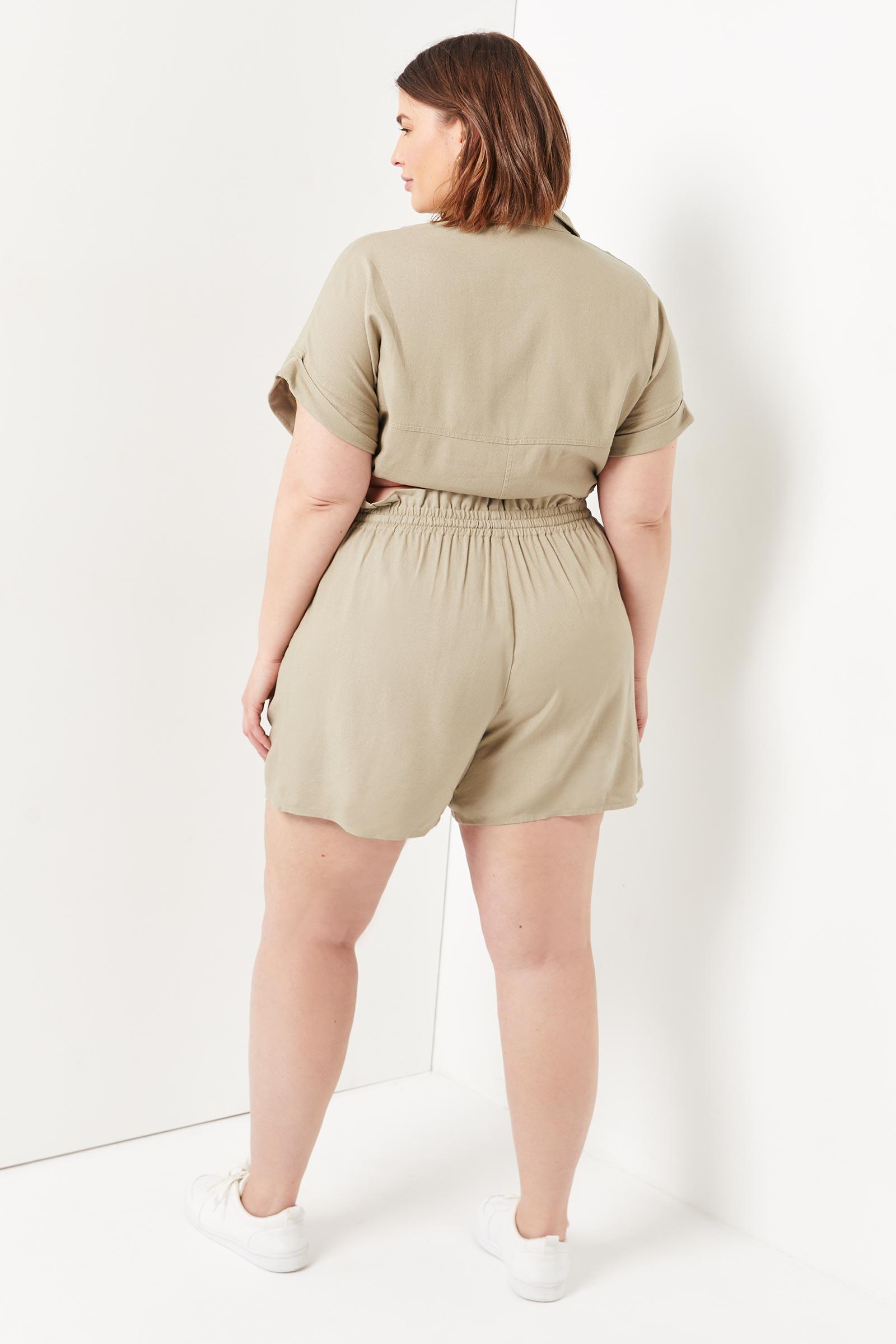 Plus Size Linen High Rise Shorts