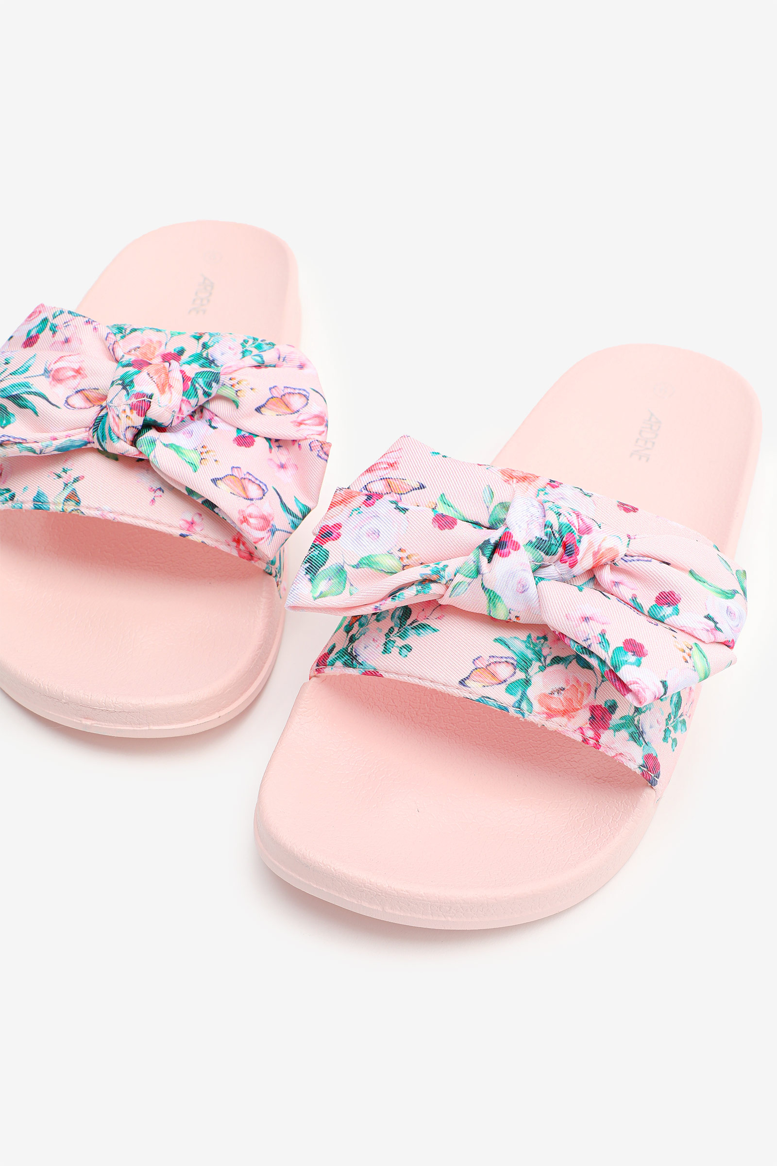 Molded Slides with Bow