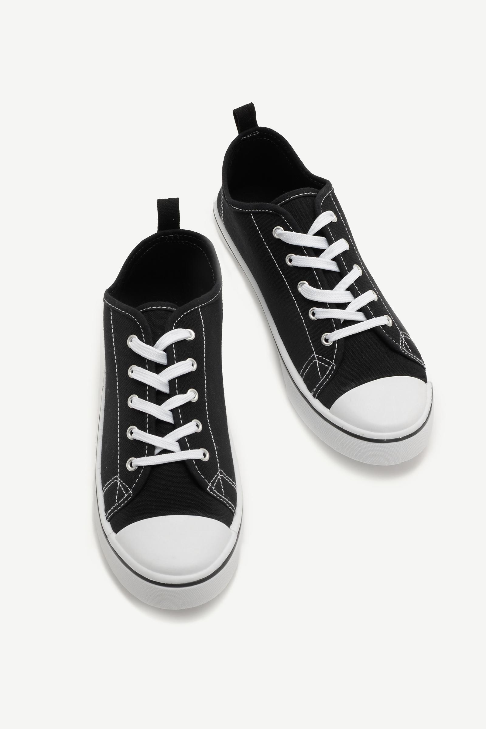 Classic Cap Toe Sneakers