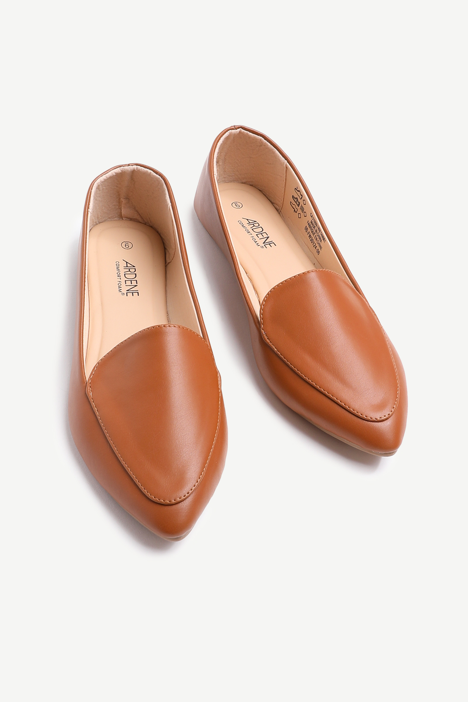 Pointy Faux Leather Loafers