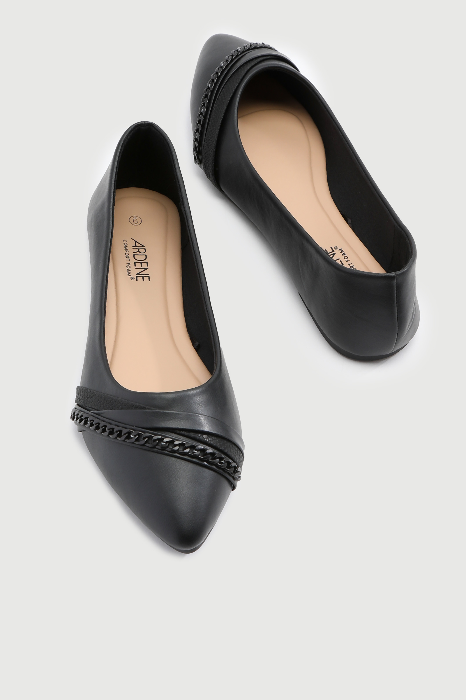 Pointy Toe Flats with Chain