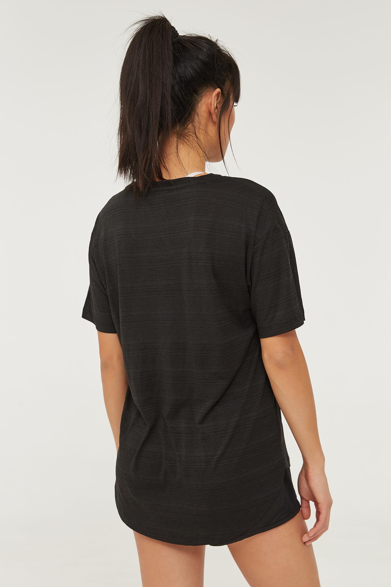 MOVE Activewear T-shirt