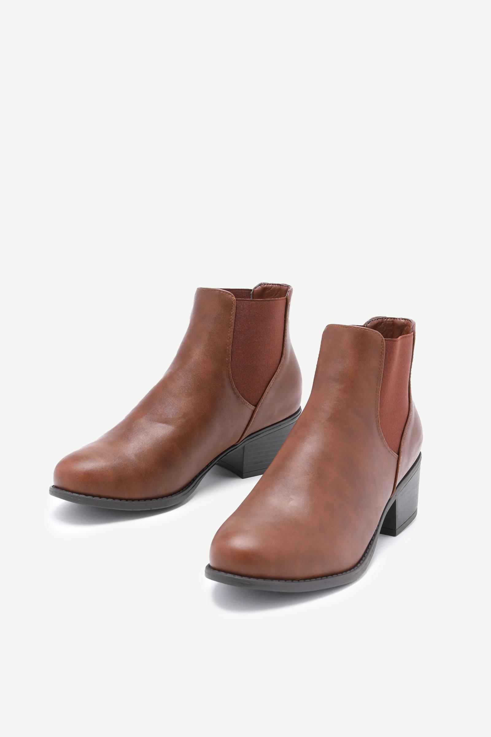 Block Heel Chelsea Boots