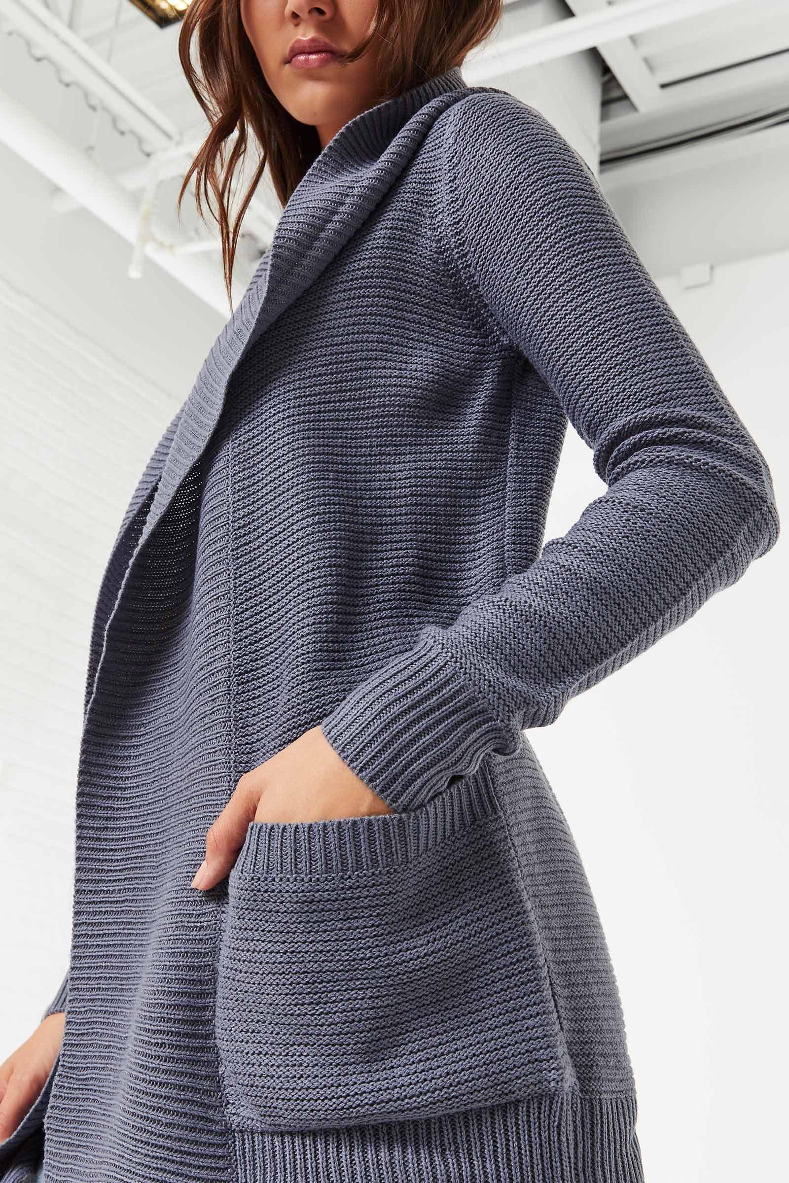 Cardigan à capuchon en tricot épais