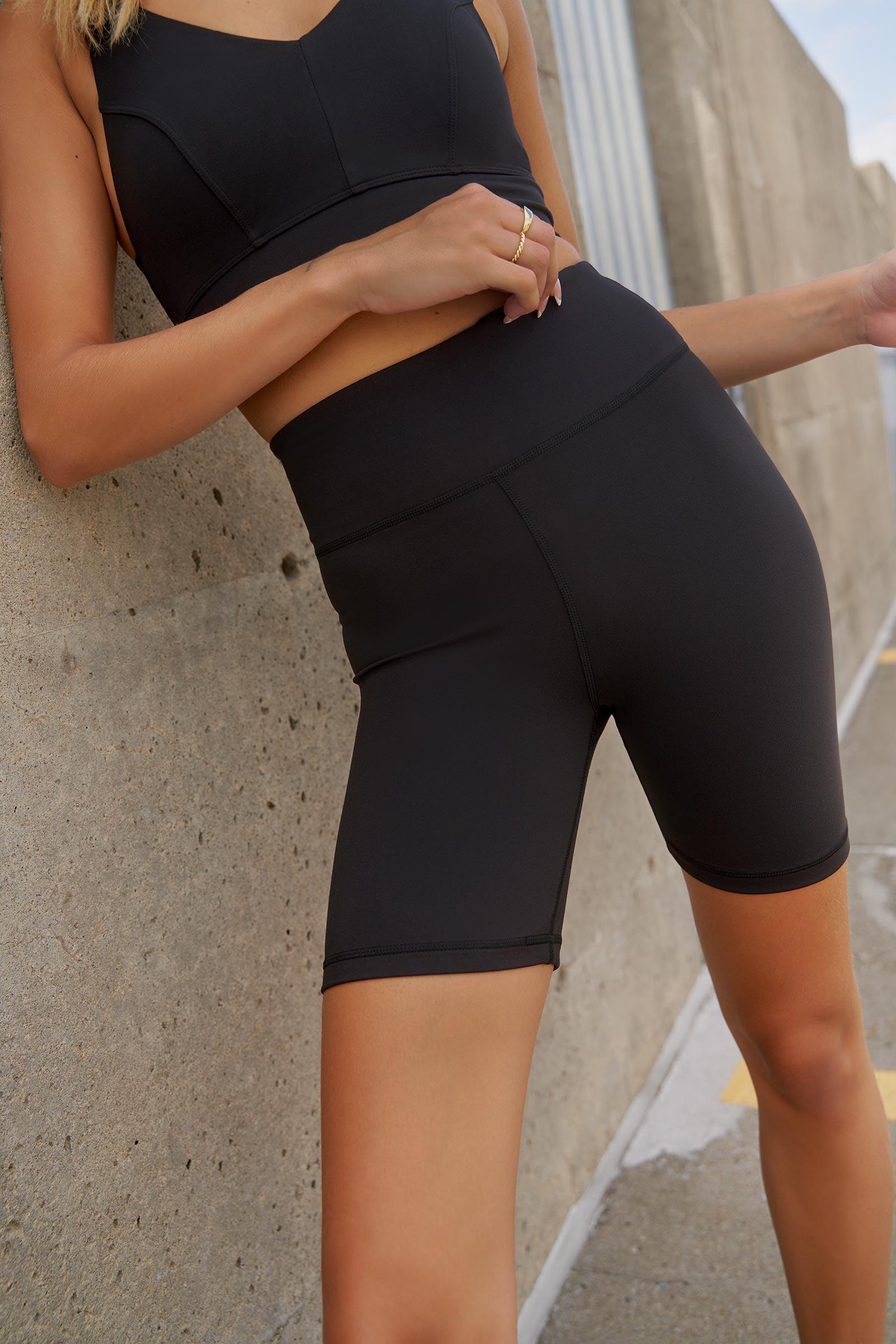 MOVE Peach Skin Biker Shorts